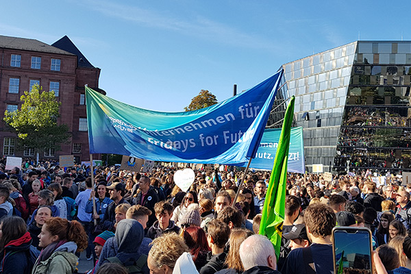 Entrepreneurs For Future beim Klimastreik in Freiburg