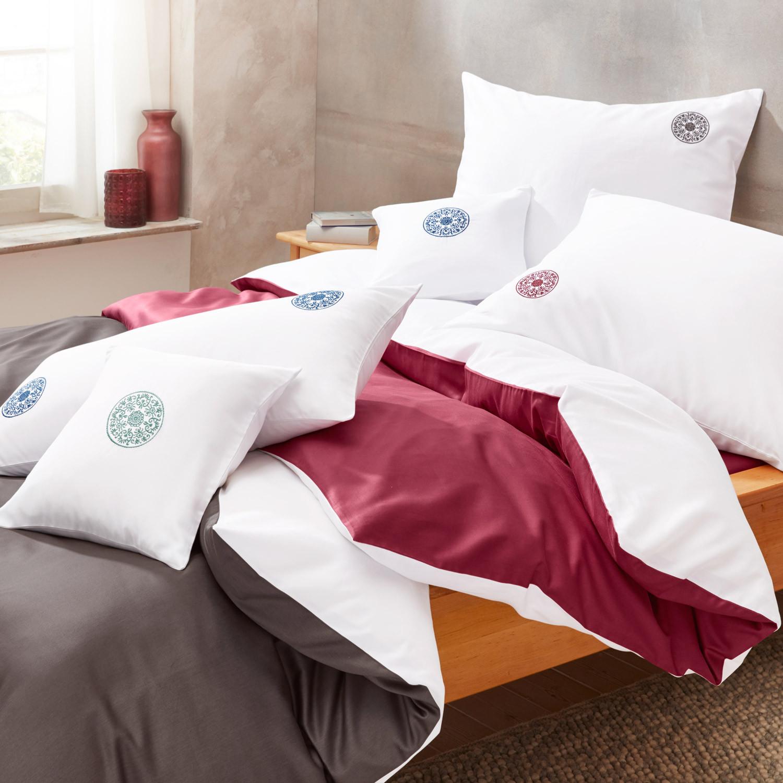 satin bettw sche programm mit stickerei wei schiefer. Black Bedroom Furniture Sets. Home Design Ideas