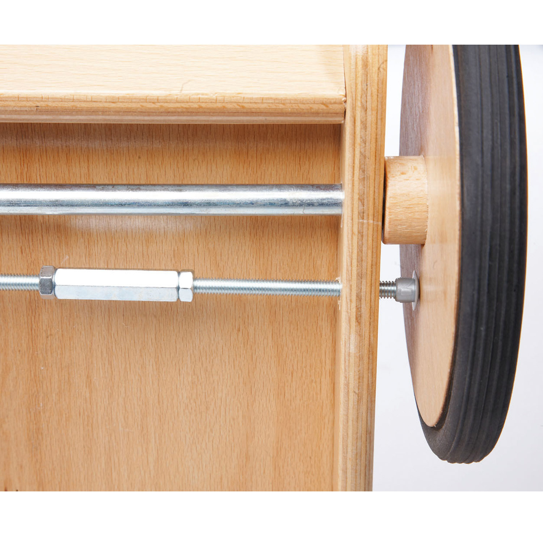 pinolino lauflernwagen aus holz von pinolino rot. Black Bedroom Furniture Sets. Home Design Ideas