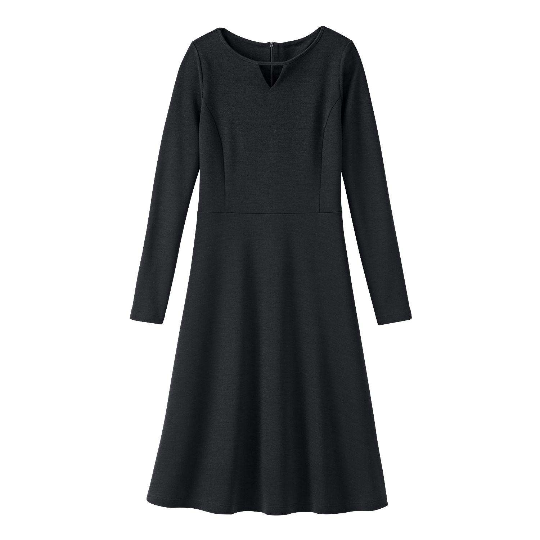 Feminines Wolljerseykleid aus Bio-Merinowolle mit Tunika-Ausschnitt, schwarz from Waschbär
